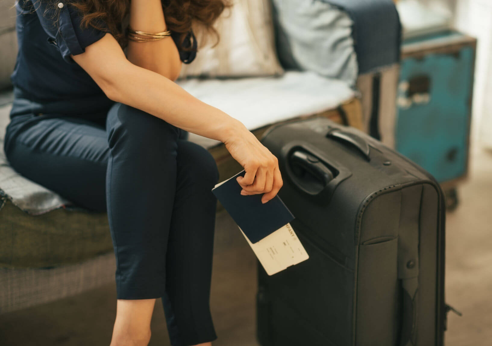 Travel Packing List For Dummies: Use Carry-on Luggage For EVERY Trip